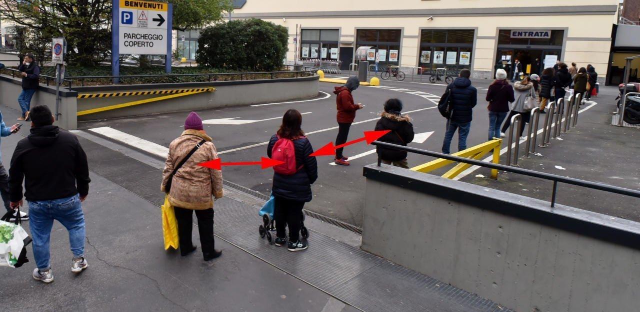 СМИ Австрии: теперь держаться на расстоянии 1 метра друг от друга — закон