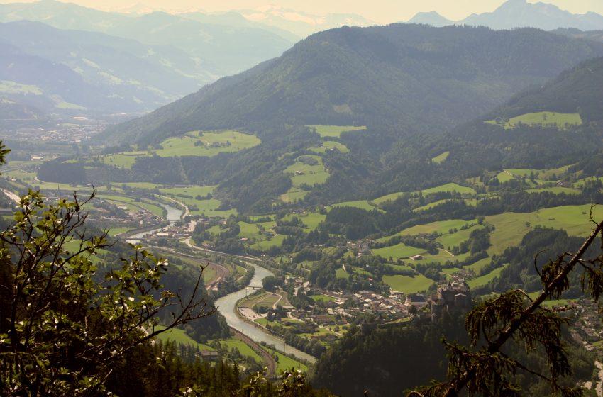 История австрийского городка Бишофсхофен